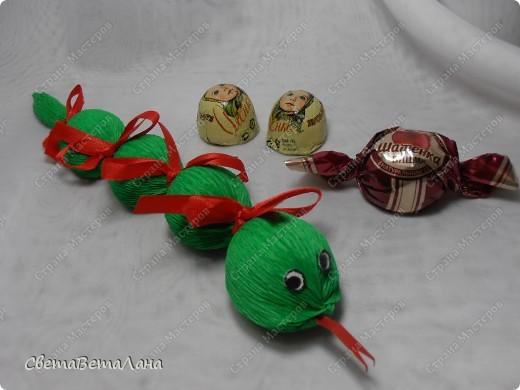 Маленькие поделки из конфет